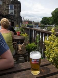 Barge beergarden