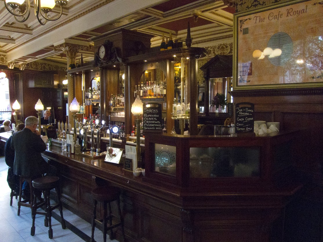 Cafe Royal bar