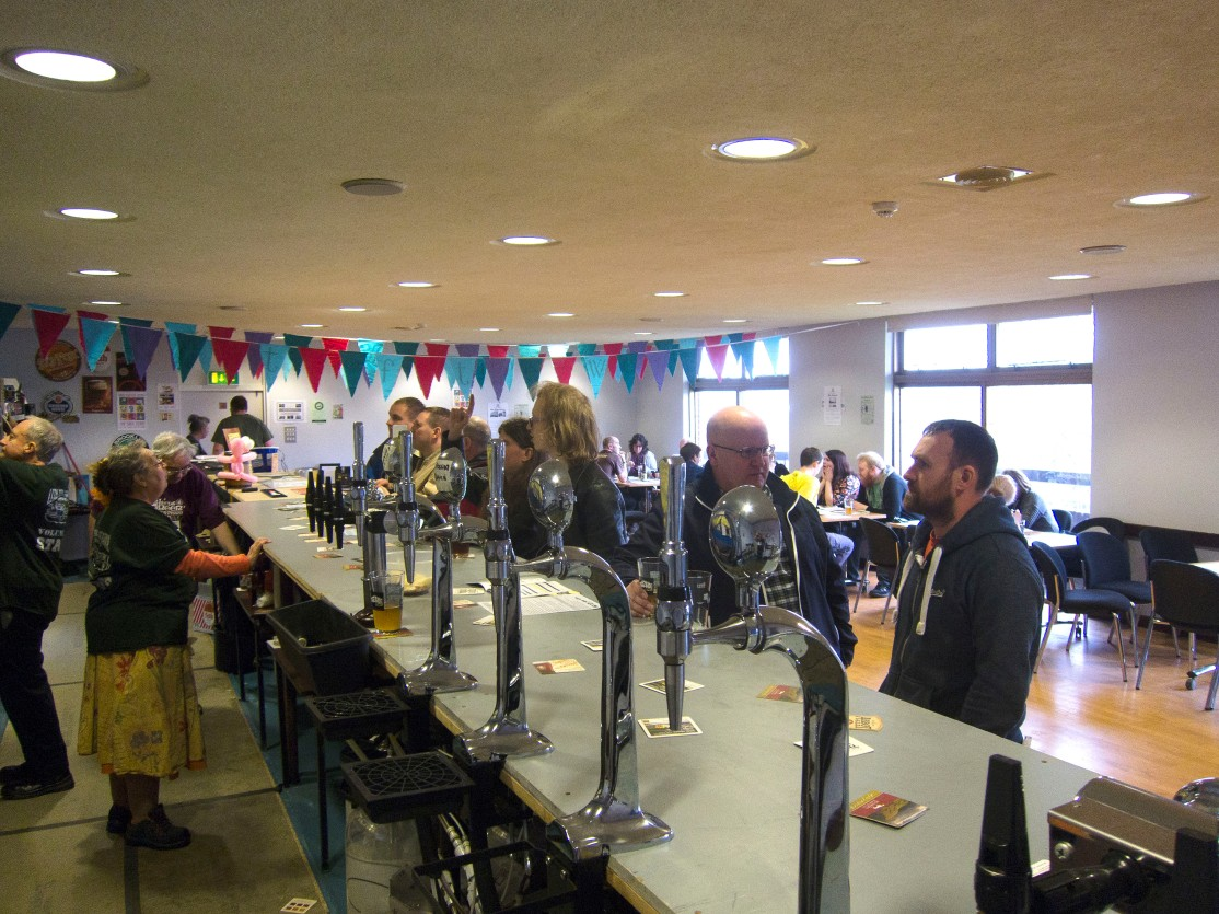 Leeds beerfest kk bar