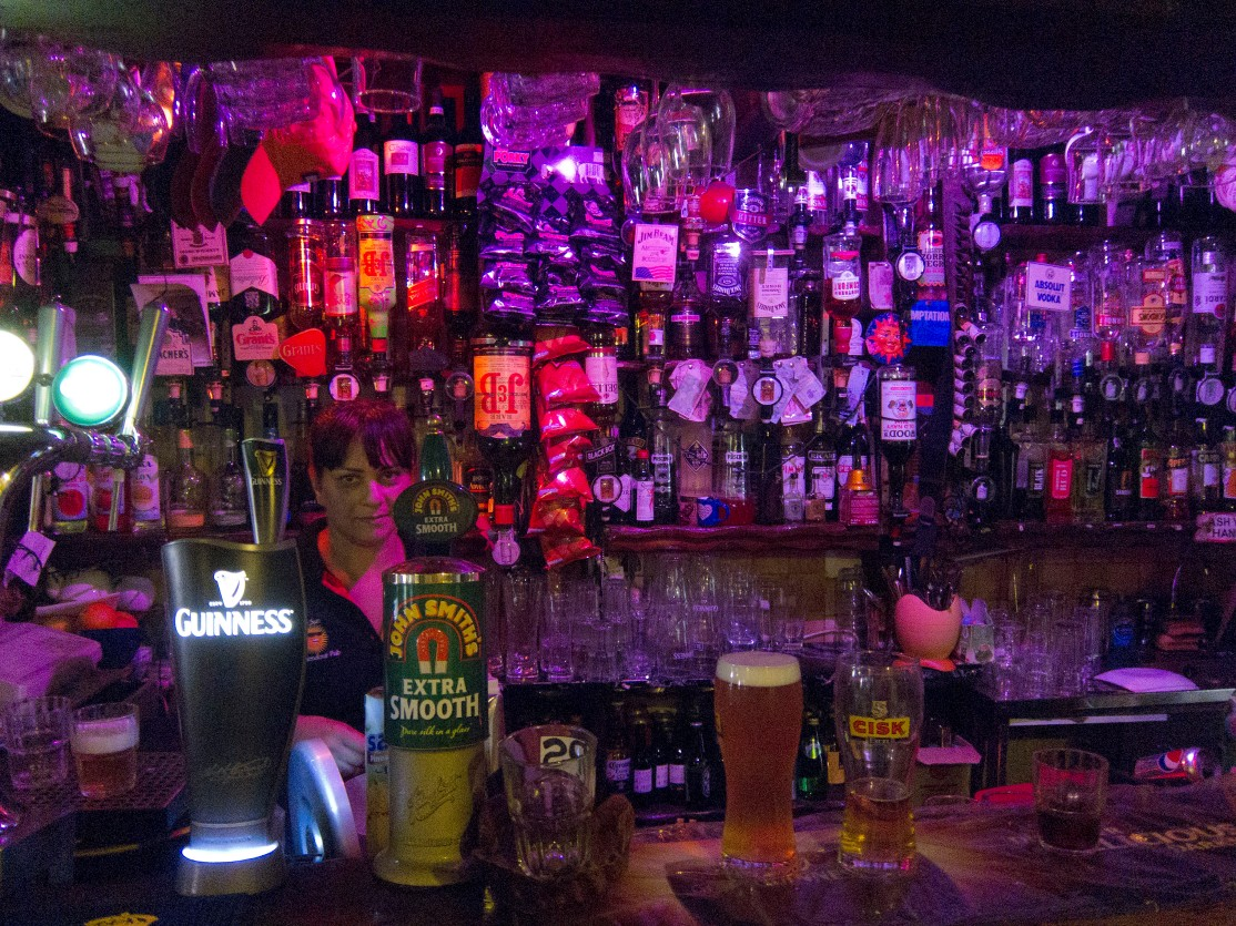 sun-in-splendour-bar