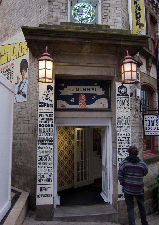 Major Tom's door
